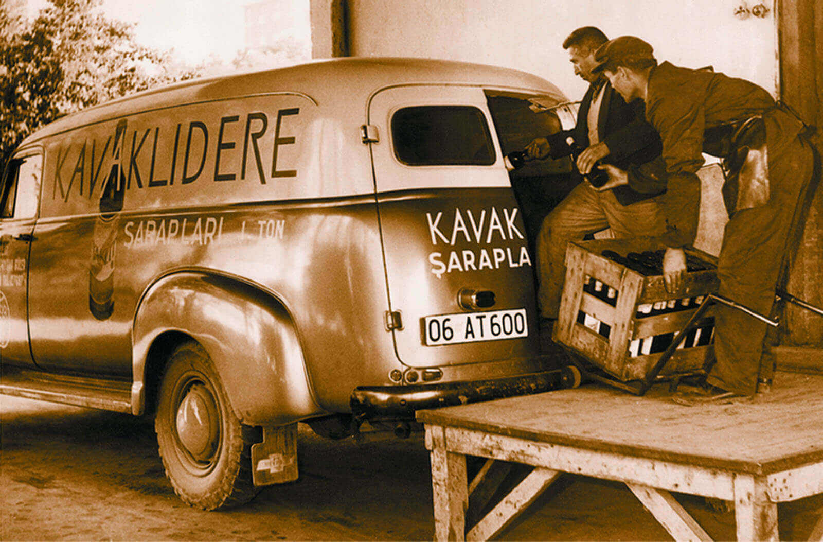 kavaklidere vīna piegādes furgons